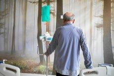 Z braku pieniędzy na refundowane leki niektóre szpitale wstrzymują leczenie ciężko chorych.