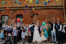 W Polsce co roku zawiera się 25 tysięcy ślubów.