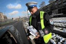 Zgodnie ze złożoną w Sejmie anonimową petycją policjanci nie mieliby już możliwości udzielenia pouczenia - pozostałyby im tylko mandaty.