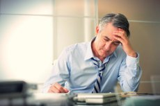 Menedżerowie mają silne, zakotwiczone w głowie przekonanie, że pracownicy tylko czekają, by zająć ich stanowisko