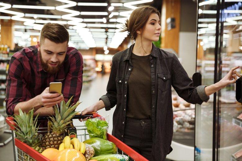 Biedronka i Lidl to najpopularniejsze sklepy w grupie wiekowej od 18 do 34 lat.