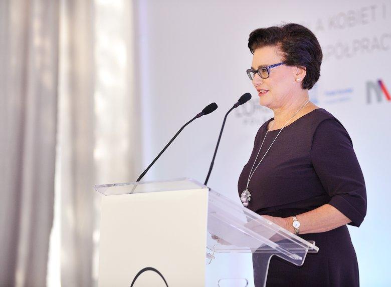 Profesor Ewa Łojkowska - przewodnicząca Jury programu L'Oréal-UNESCO Dla Kobiet i Nauki