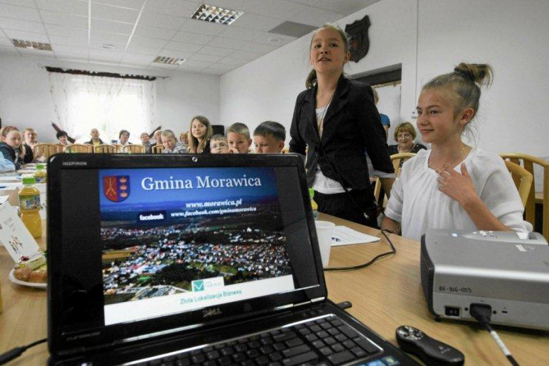 Związek Samorządów Polskich chce jednej, uniwersalnej aplikacji do załatwiania wszystkich spraw, z którymi przychodzą petenci.