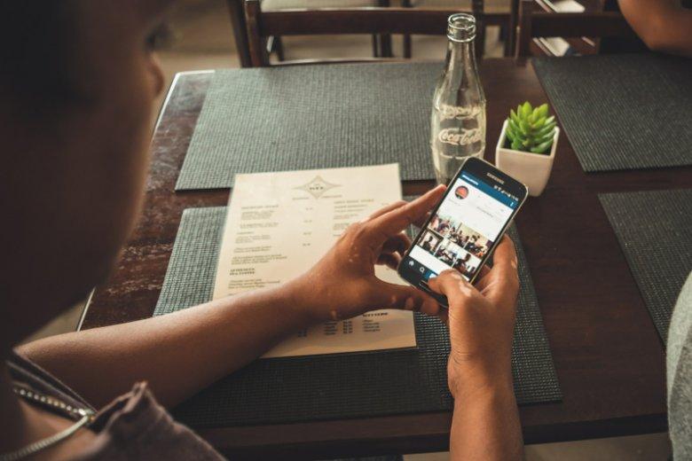 Dublowanie treści z innych social media na Instragramie marnuje potencjał tego serwisu jako narzędzia promocji