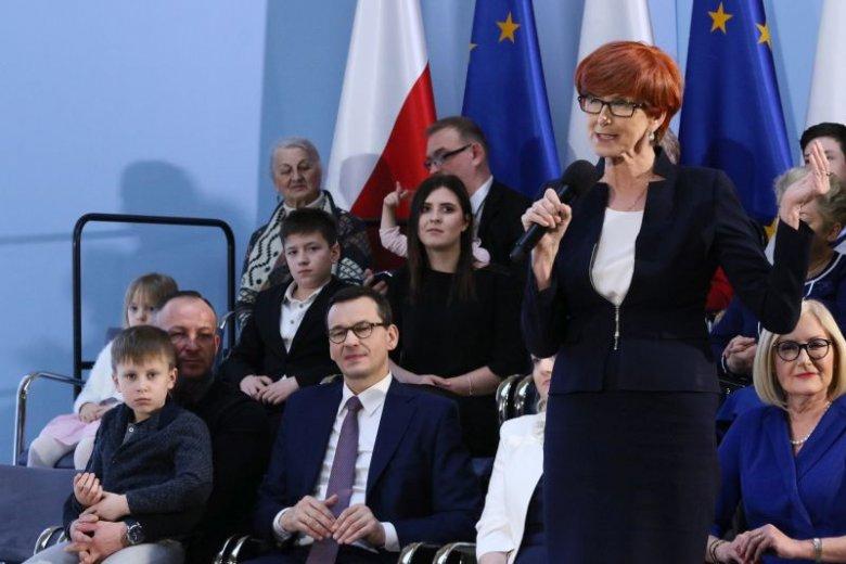 Elżbieta Rafalska i Mateusz Morawiecki prezentują założenia nowego programu PiS