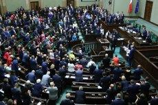 Ustawa o jawności majątków rodzin polityków została uchwalona przez sejm.
