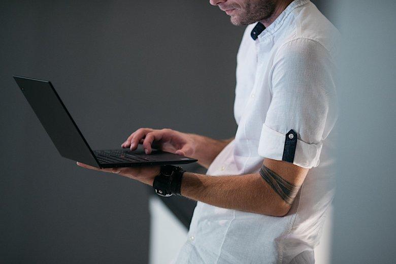 Recenzja ultrabooka ThinkPad X1 Carbon szóstej generacji