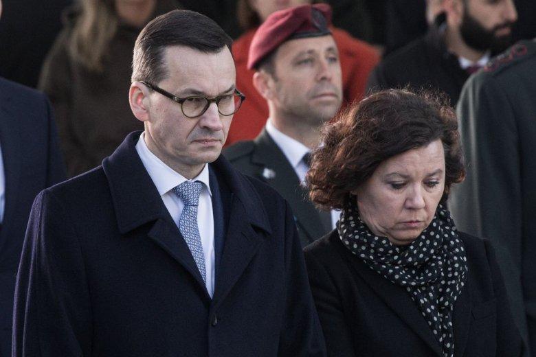 Premier nie chce, by mały i średni handel w Polsce znikał w tak błyskawicznym tempie – jego żona go w tym wspiera.