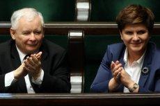 Wystarczyła jedna prognoza ekonomiczna rządu i dług publiczny okazał się nie taki groźny, jak go Balcerowicz maluje.