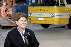 Wizyta premier Beaty Szydło w fabryce autobusów Autosan, podczas której podpisano umowę o przejęciu firmy.