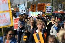 Z Wieloletniego Planu Finansowego Państwa wynika, że rząd nie przewiduje podwyżek dla nauczycieli.