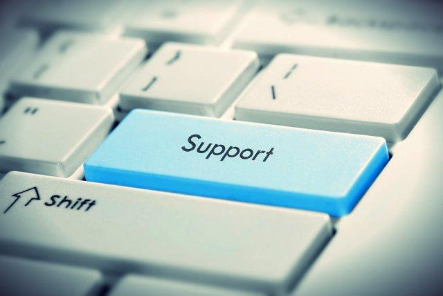 Praca w branży informatycznej to nie tylko programowanie, może nią być też np. help desk.