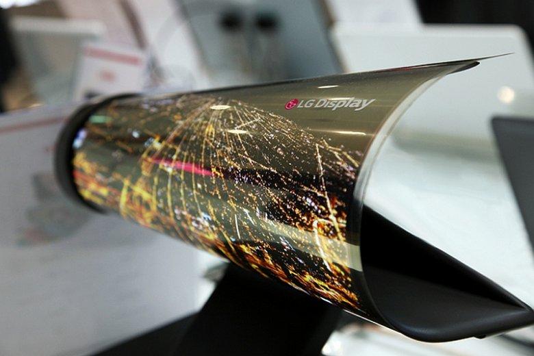 Na najbliższych targach CES w Stanach Zjednoczonych firma LG zaprezentuje supercienki i zwijany wyświetlacz OLED