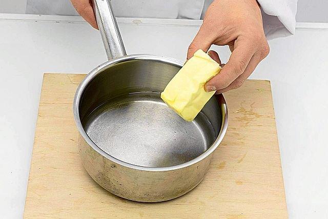 Czy fińskie masło premium podbije polski rynek? Kosztuje mniej więcej tyle samo, co produkty z polskich mleczarni