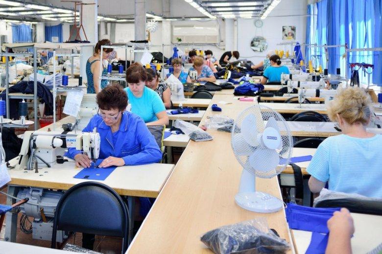 Co najmniej 103 tysiące kobiet rzuciło pracę po wejściu w życie programu 500+.