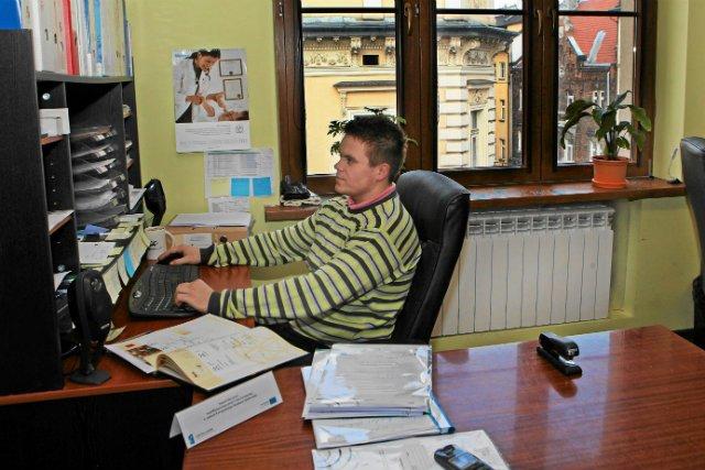 Pracownik biura w Fundacji Gospodarki i Administracji Publicznej.