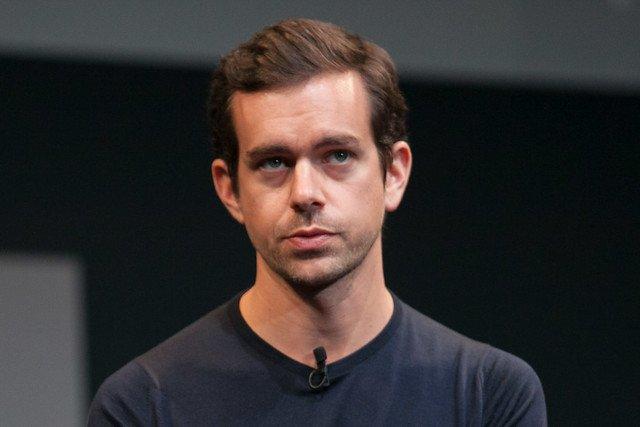 Jack Dorsey, szef Twittera, padł ofiarą hakerów. Wirtualni przestępcy zhakowali jego... konto na Twitterze.