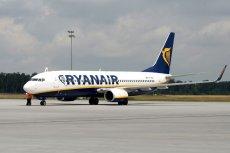 Ryanair będzie musiał zwrócić pasażerce 20 euro, ale bardziej zaboli go nakaz rezygnacji opłat za bagaż kabinowy.
