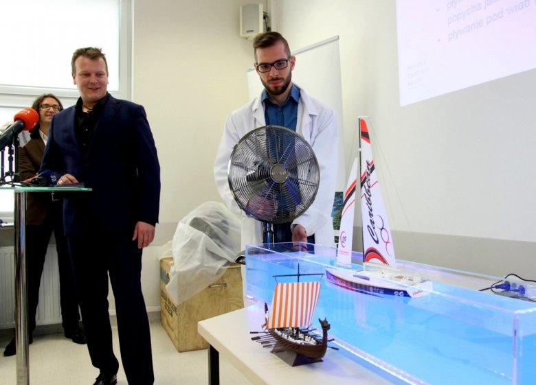 Podczas briefingu, na którym zaprezentowano plany budowy Morskiego Centrum Nauki zaprezentowano również około 200 eksponatów.