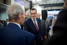 Premier Mateusz Morawiecki ma kolejny pakiet programów: tym razem ich beneficjentami miałyby być samorządy i mieszkańcy mniejszych ośrodków.