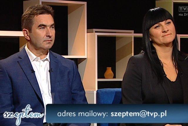 """""""Eksperci"""" TVP w tendencyjnym programie o szczepionkach. Od lewej Justyna Socha i Ryszard Grzybek."""