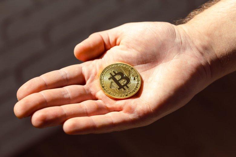 Bitcoin wzbudził wiele emocji nagłym wzrostem, ale obecnie kryptowaluta okazuje się wyjątkowo niepewną inwestycją