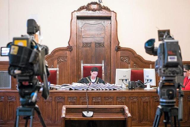 Za sprawną pracą sądów stoją nie tylko sędziowie, ale i armia urzędników, kórzy od dawna nie widzieli podwyżki