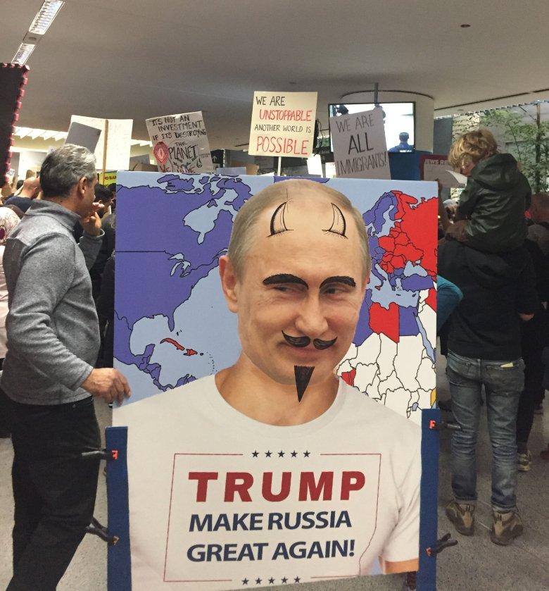 Protest na lotnisku w San Francisco, styczeń 2017