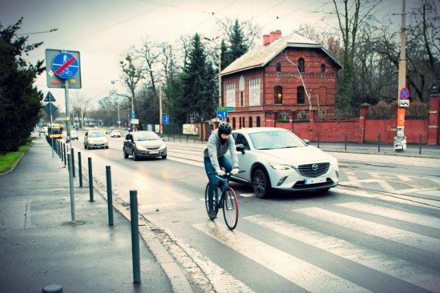 Koszt wynajmu samochodu we Wrocławiu będzie taki niski, że wielu klientów może zdecydować się na rezygnację z taksówek