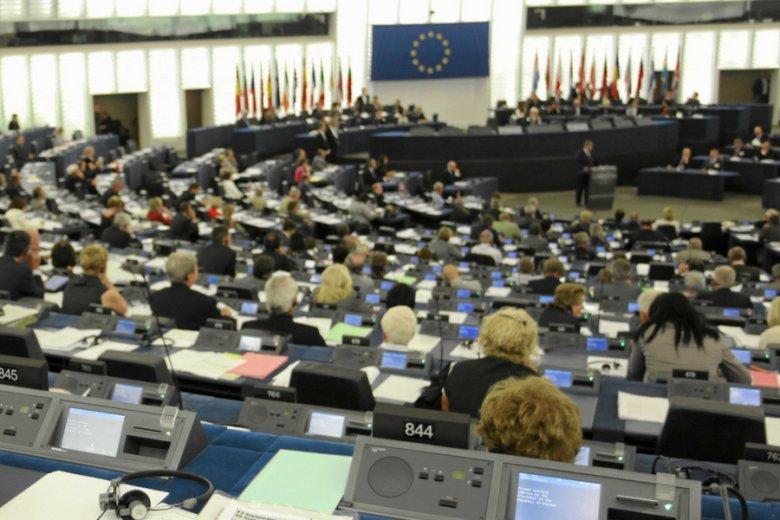 Parlament Europejski zagłosował przeciwko kontrowersyjnej dyrektywie o prawie autorskim.