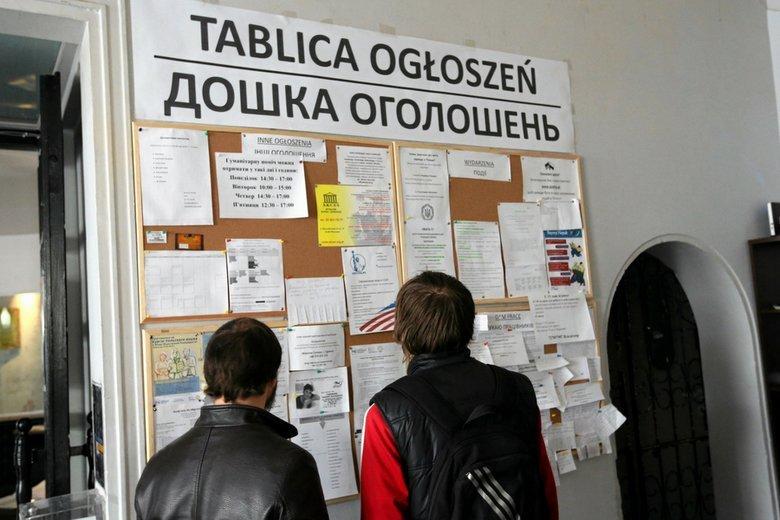 Rząd Ukrainy wprowadził stan wojenny. Ekspert sądzi, że może to skutkować wyjazdem z kraju nawet 200-300 tys. osób