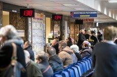 W pierwszej połowie roku w samej tylko Warszawie ZUS skontrolował ponad 5 tys. zwolnień lekarskim i cofnął zasiłki 499 osobom.