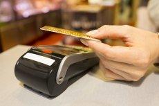 W lipca Visa zwiększy do 100 zł limit płatności kartą bez podawania PIN.