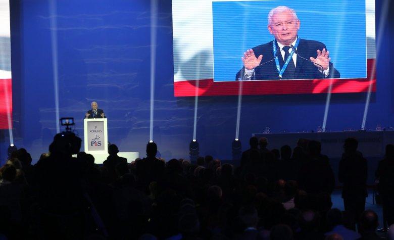 Portal TV Republika opublikował artykuł wychwalający sytuację gospodarczą Polski za rządów PiS. Na Twitterze pojawiły się krytyczne komentarze