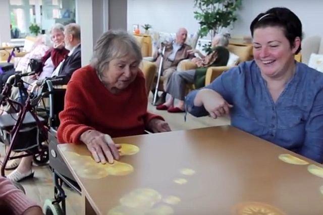 Magiczny Dywan sprawdza się też w rehabilitacji osób starszych