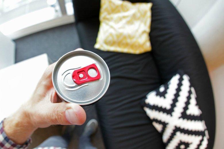 90 minut - przez taki czas napój energetyczny sieje spustoszenie w organizmie
