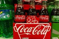 We francuskich sklepach Grupy Muszkieterów może już niebawem zabraknąć Coca-Coli. Producent wstrzymał dostawy.