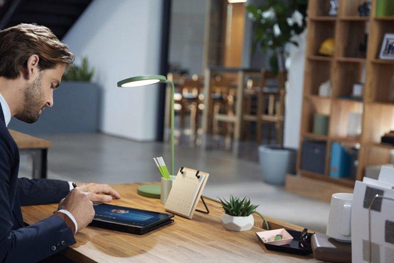 Bezpieczeństwo urządzenia, pełne wsparcie dla pakietu biurowego Office 365 i wszystkich funkcji oferowanych przez oprogramowanie. Taki jest Windows 10, najnowsza wersja systemu operacyjnego, z którego mogą korzystać użytkownicy biznesowi