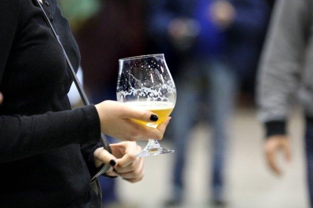 Piwo niestety nie jest idealnym napojem na upały