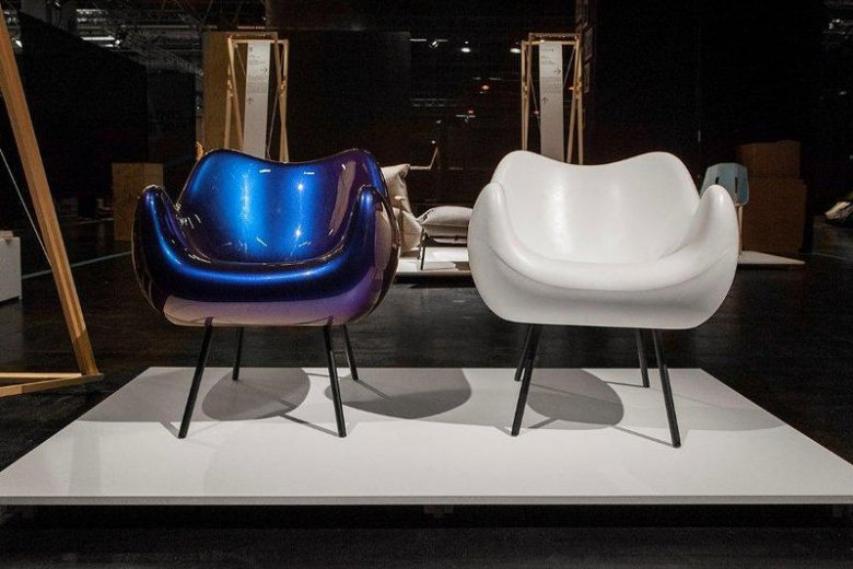 Fotele RM 58 na wystawie The Spirit of Poland podczas targów meblarskich w Kolonii.
