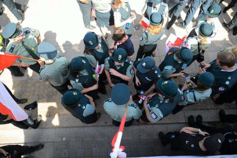 Protest celników przed Pałacem Prezydenckim, 2016 r.
