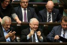 Jarosław Kaczyński: to on ocenia polityczne koszty decyzji gospodarczych. Widocznie rachunki mu się zgadzają, gdyż rząd nie będzie nowelizował ustawy budżetowej.