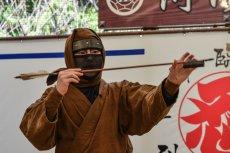 Miasto Iga poszukuje chętnych do odgrywania roli ninja. Choć chce płacić nawet 86 tys. dol. rocznie, kandydatów brak.