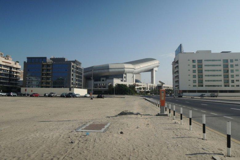 Ski Dubai nie prezentuje się najlepiej od zewnątrz, ale jest jedną z największych atrakcji miasta.