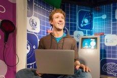 Woskowa figura przedstawiająca Marka Zuckerberga w muzeum w Bangkoku.