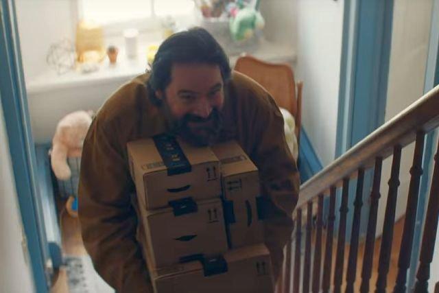 """""""Zrujnowaliście mi święta"""", """"Jak ja to wytłumaczę swoim dzieciom?!"""" – to przykłady komentarzy dotyczących reklamy Amazona."""