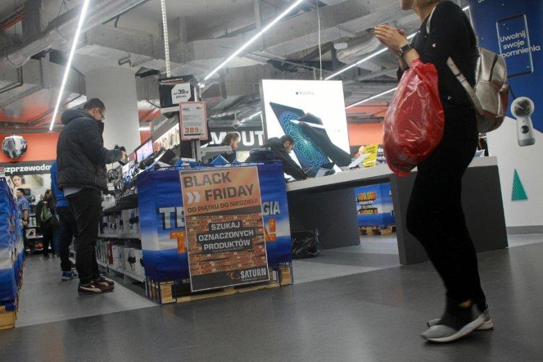 Zdaniem ekspertów, w Polsce Black Friday służy głównie do wietrzenia magazynów w oczekiwaniu na zimowe kolekcje towaru.