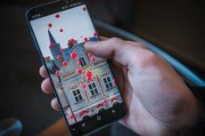 Właściwie wszystkie duże markety wypuściły aplikacje na smartfony
