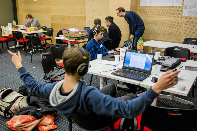 Hackatony to sposób na przyciągnięcie do siebie dużych firm z branży IT lub ICT.