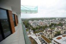 Hotel w Świnoujściu oferuje rozrywkę dla osób o żelnaznych nerwach - zawieszony 50 metrów nad ziemią taras ze szklaną podłogą